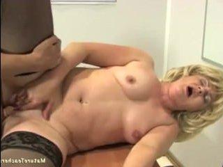 Русское порно в классе: учительница ебется с учеником