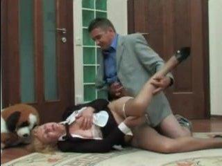 Русское порно в офисе: страстный трах зрелых коллег