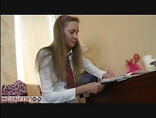 Студенты устроили крутой русский секс в общежитии
