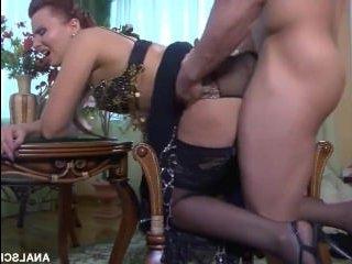 Порно пышных зрелых дамочек, которые любят ебаться в анал