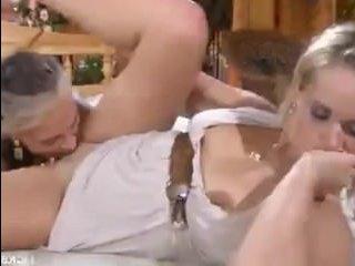 Русское порно со зрелыми лесбиянками в самом соку