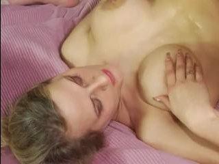 сын ебет маму, чтобы отучить ее от мастурбации