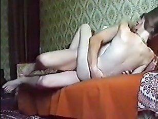 русская домашка молодой парочки